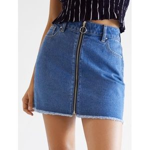 Pacsun 0-ring zip front jean mini skirt size 23